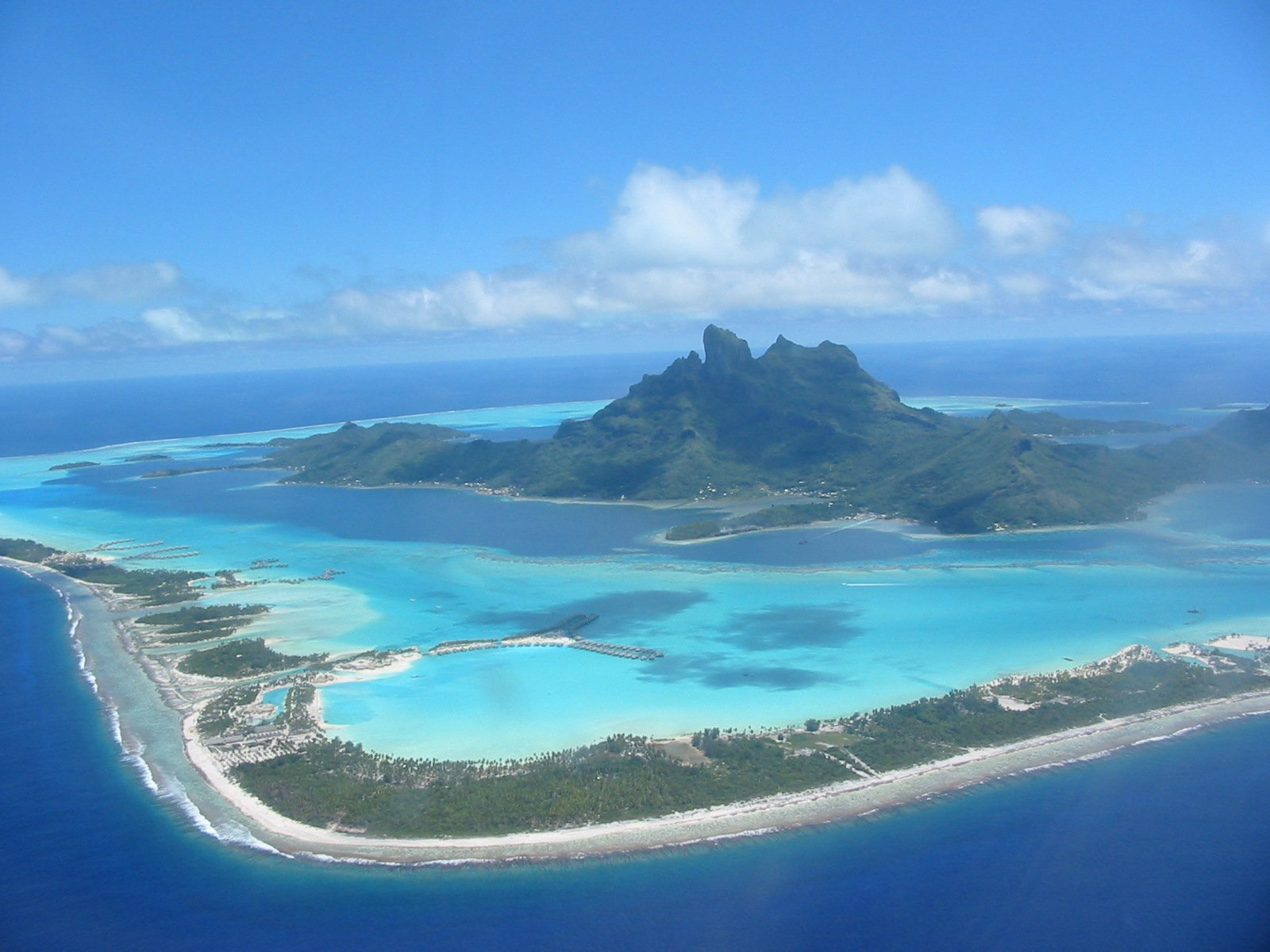 Dream vacation 2 bora bora for Tropical vacations in december